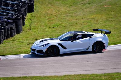 2021 SCCA TNiA Pitt Race Adv Lt Gray Vette