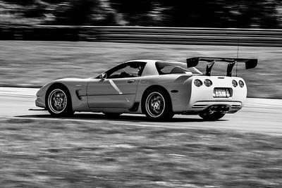 2021 SCCA TNiA Pitt Race Adv Yellow Vette Wing
