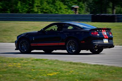 2021 SCCA TNiA Pitt Race Int Blk Mustang Red