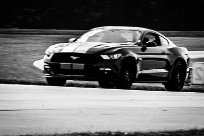 2021 SCCA TNiA Pitt Race Nov Blk Mustang Silver Stripes