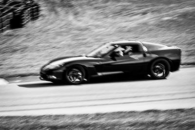 2021 SCCA TNiA Pitt Race Nov Blk Vette
