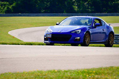 2021 SCCA TNiA Pitt Race Nov Blu Twin