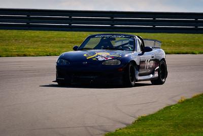 2021 SCCA TNiA Pitt Race Nov Dk Blu Miata AX