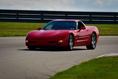 2021 SCCA TNiA Pitt Race Nov Dk Red Vette