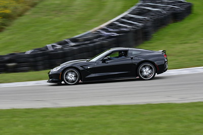 2021 SCCA TNiA Pitt Race Interm Blk Vette