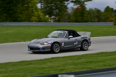 2021 SCCA TNiA Pitt Race Interm Dk Silver Miata