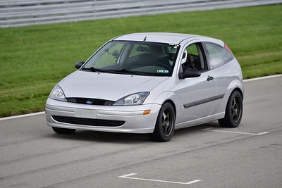 2021 SCCA TNiA Pitt Race Nov Gray Focus