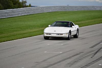 2021 SCCA TNiA Pitt Race Nov Wht Vette Older