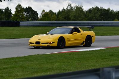 2021 SCCA TNiA Pitt Race Nov Yellow Vette 2