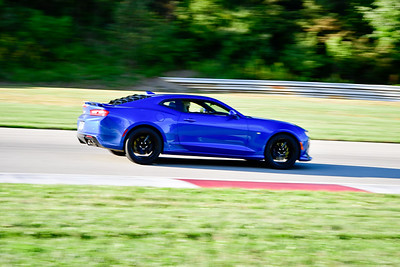 2021 SCCA Pitt Race Nov Blu Camaro