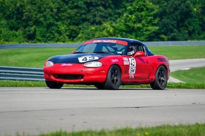 2021 SCCA Pitt Race CR Sun Grp 6 practice