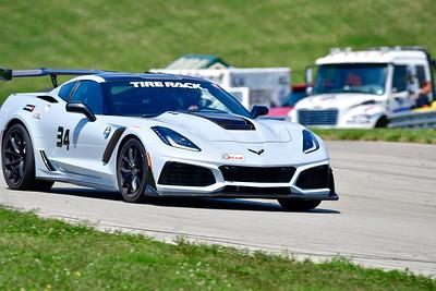 2021 SCCA Pitt Race TT Tour Gray Lt Vette 34