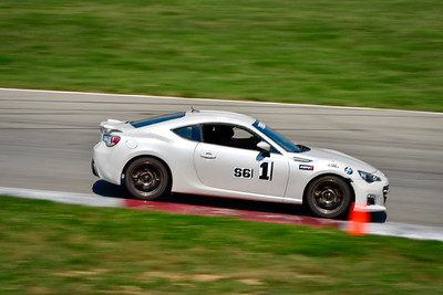2021 SCCA Pitt Race TT Tour White Twin 1