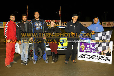 Victory lane can am May 28-015