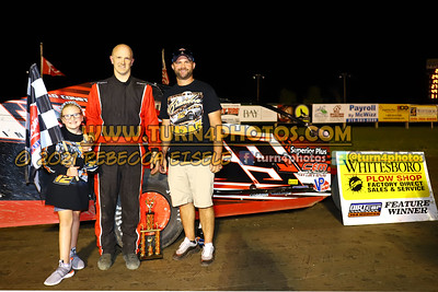 Victory lane Can AM 08-27-1