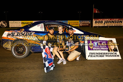Victory lane Can AM 08-27-3