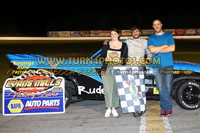 Feature winners Mills 08-28-19