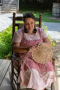 DA054,DJ,Basket Weaving