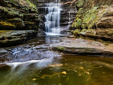DA022,DT,Matthiessen State Park Waterfall Illinois