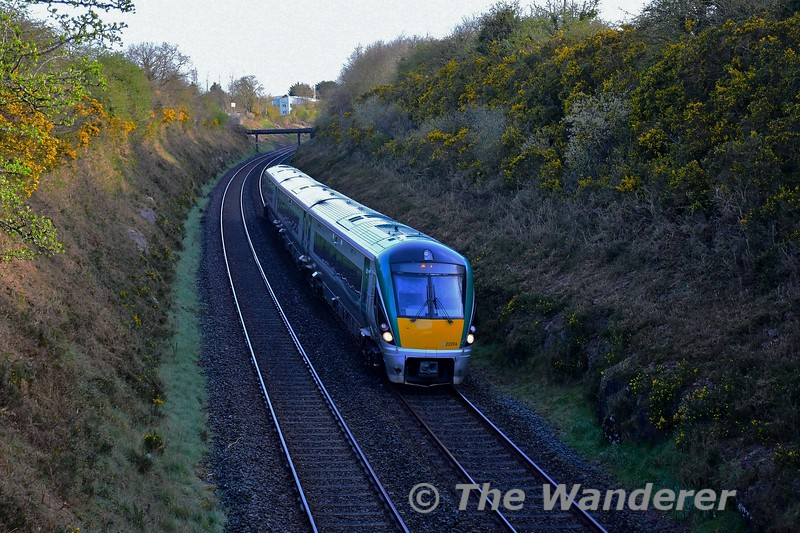 22004 passes Quartertown Upper with the 0830 Mallow - Cork. Mon 12.04.21