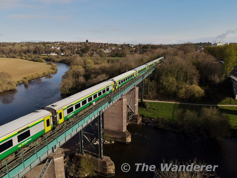One MKIV set returned to service at the start of April working the 0700 & 1500 Heuston - Cork, 1025 & 1825 Cork - Heuston services. Here we see 222 crossing Mallow Viaduct with the 0700 Heuston - Cork service. Mon 12.04.21