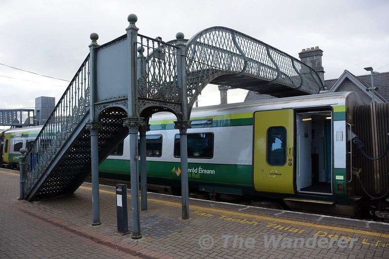 First Open 4202 stands under the old footbridge at Thurles.  1600 Heuston - Cork. Tues 05.10.21