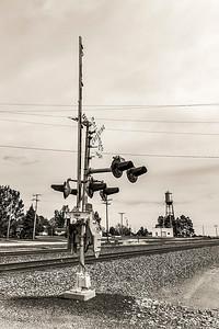 DA040,DB,Colorado_Rail_Traffic_Stop_Water_Tower_background