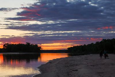 DA022,DT,Sunset on the Wisconsin river, Wisonsin