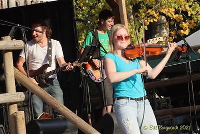Nova Scotiables - Ol MacDonalds Music Festival 9-21 0440
