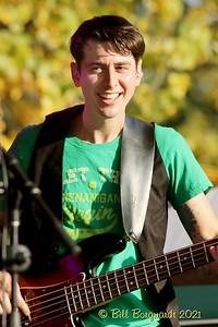 Eric Minden - Nova Scotiables - Ol MacDonalds Music Festival 9-21 0407