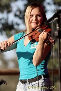 Heidi Pittman - Nova Scotiables - Ol MacDonalds Music Festival 9-21 0280