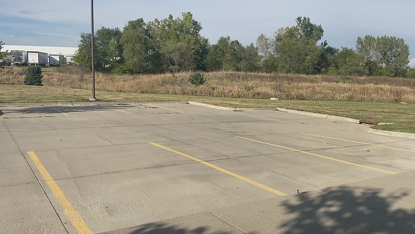 Friday, Oct  8, 2021, NW3, Des Moines, IA Vehicle-1MOV