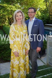 Jane Cafritz, WNO General Director Timothy O'Leary. Photo by Tony Powell. WNO POPera. Cafritz Residence. May 18, 2021