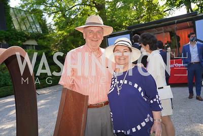 Larry Franks and Ellen Berelson. Photo by Tony Powell. WNO POPera. Cafritz Residence. May 18, 2021