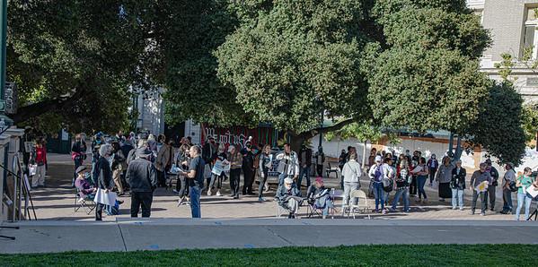 A Large crowd has gathered (Bruce Lescher)