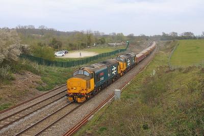 37402 Hungerford 21/04/21 6Z37 Parkeston SS to Westbury Down T.C. with 37407
