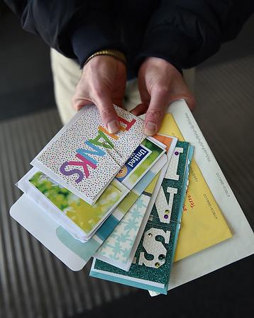 MET 042221 ENNIS CARDS