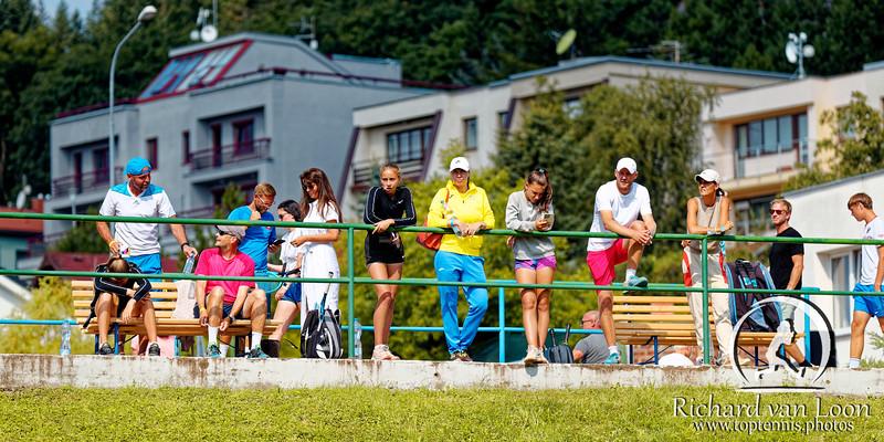 02 05 Spectators - European junior Championships 14 years and under 2021
