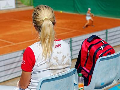01 01c Trainer Alina Korneeva - European junior Championships 14 years and under 2021