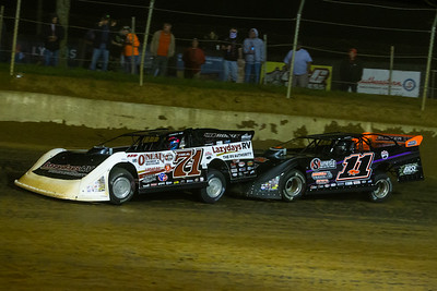Hudson O'Neal (71) and Josh Rice (11R)