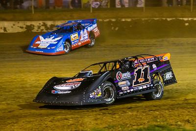 Josh Rice (11R) and Josh Richards (14)