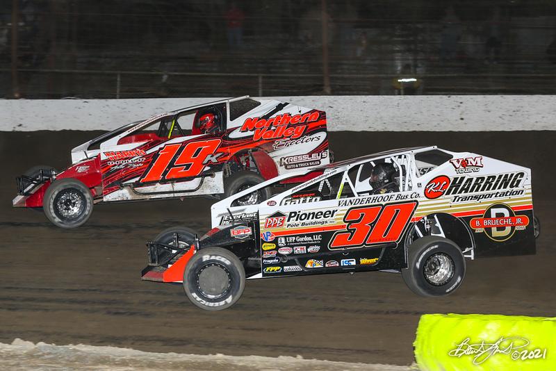 VP Race Fuels Bruce Rogers Memorial Money Maker - Grandview Speedway - 19K Brett Kressley, 30 Craig Von Dohren