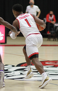 Men's Basketball take on High Point.