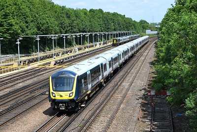 15 June 2021 :: 701 004 is seen at Basingstoke on 5Q51 from  Waterloo   to Staines Up Loop