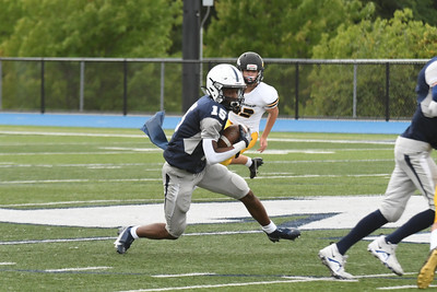 CSN_5642_mcd freshman football