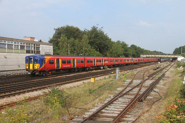 5728 Basingstoke 03/09/21 5Y51 Bournemouth T&RSMD to Wimbledon Park Depot Sidings with 5704 and 5731