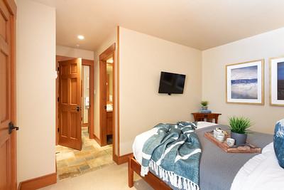 W209 Bedroom 1C