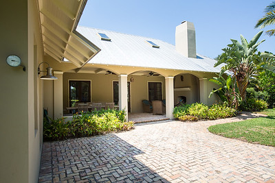 2095 Porpoise Point South - The Moorings-54
