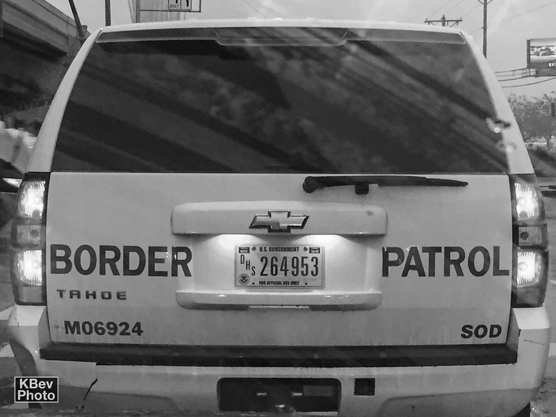 KBev: How do they (gov't immigration agencies) work with you all to talk care of people, while simultaneously trying to enforce the law? <br />  <br /> ICE, Border Patrol, and CBP aren´t required to release any of the immigrants to Annunciation House. In fact, until 2014, immigrants were usually either released to the street or driven to the bus station or airport and dropped off. Since there has been a huge influx of people crossing, ICE decided they did not want to release that many people to the streets for humanitarian reasons.