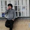 straatfoto rokend wachten